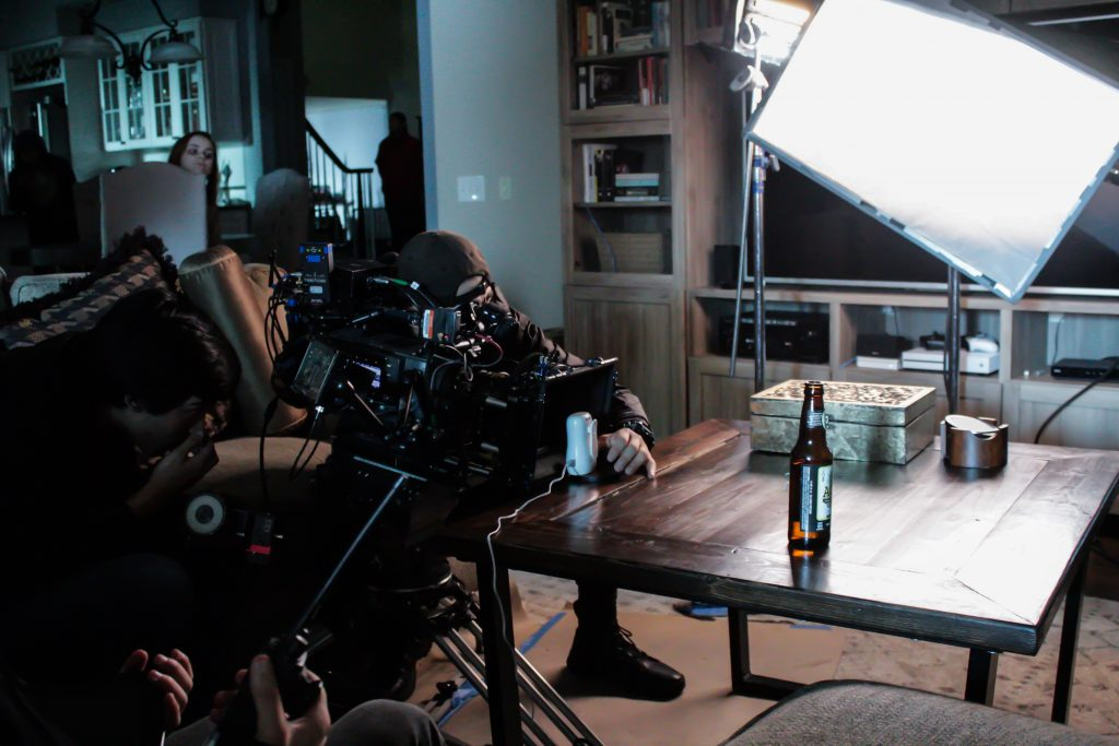 Who is who on a movie set? What does the director do? What is a Cinematographer? What does a movie producer do? Find out on MyActorGuide.com and become a TV actor!